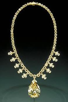 Victoria Transvaal diamond mounted in a yellow gold necklace designed by Baumgold Brothers, Inc.